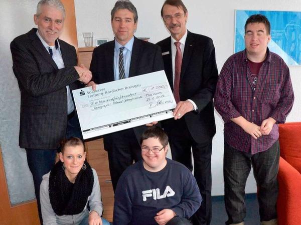 Mit 1500 Euro will der Förderverein der Eduard-Spranger-Schule eine neue Spülmaschine in der Probewohnung einrichten.