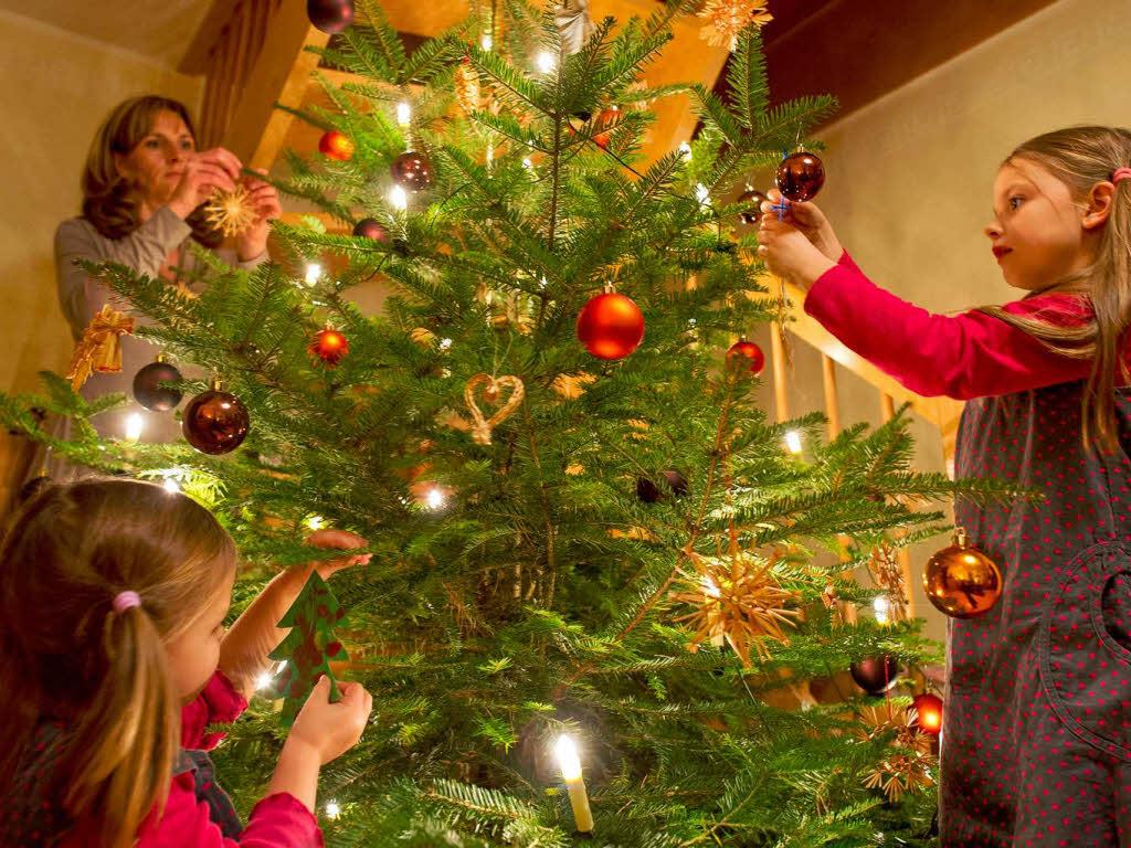 warum gibt es oft schlechte stimmung unterm weihnachtsbaum. Black Bedroom Furniture Sets. Home Design Ideas