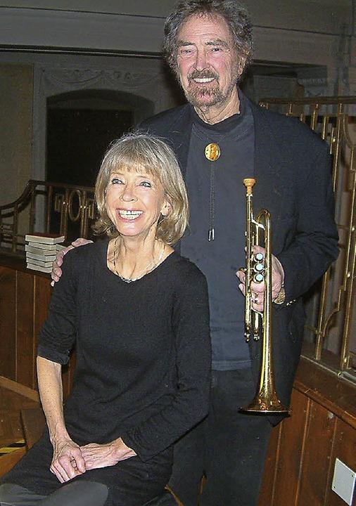 Strahlendes Musiker-Paar: Irmtraud und...n der St. Josefskirche in Rheinfelden     Foto: Frey