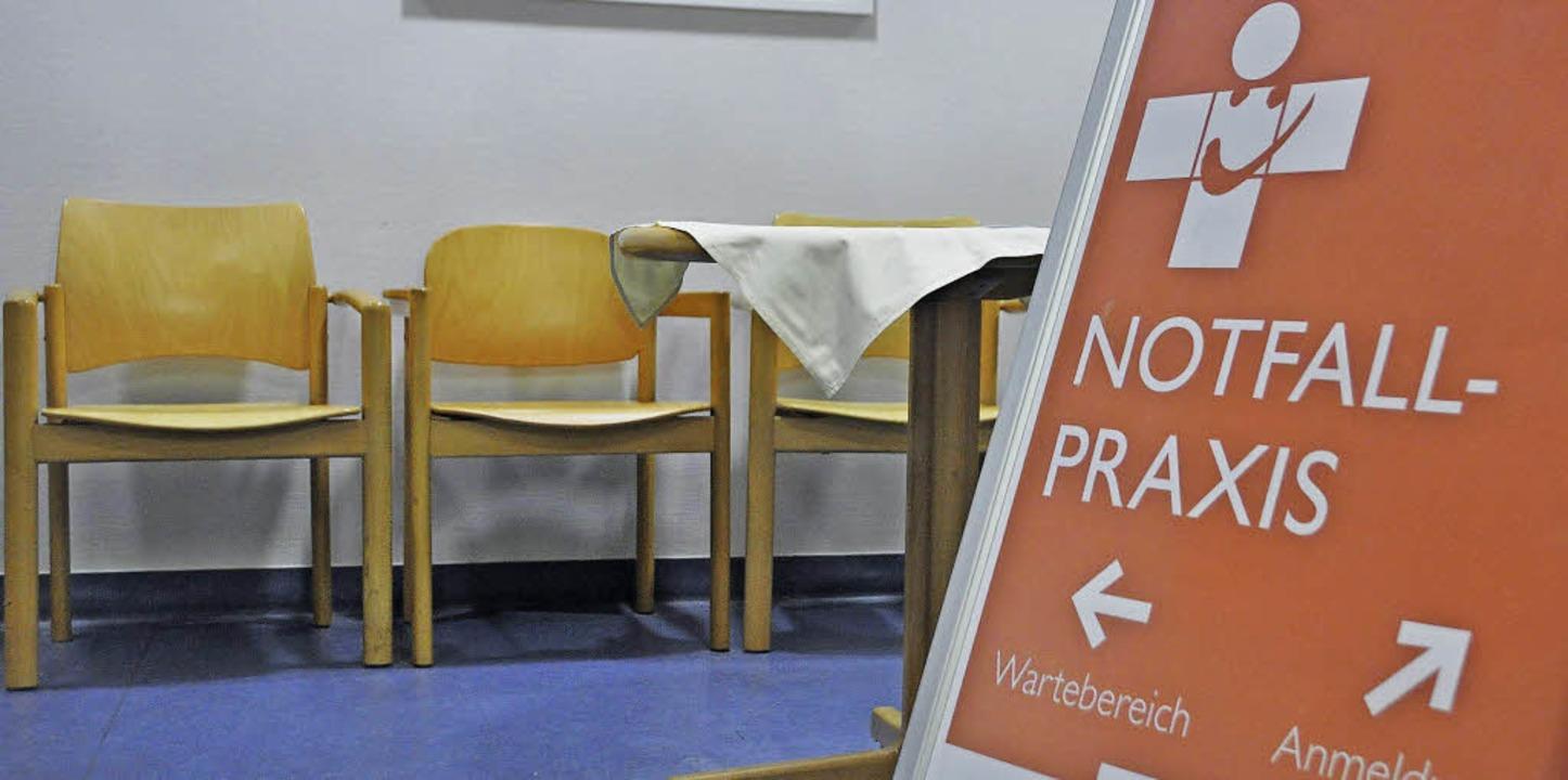 So menschenleer ist der  Wartebereich ...otfallpraxis in  Lörrach nicht immer.   | Foto: daniel Gramespacher