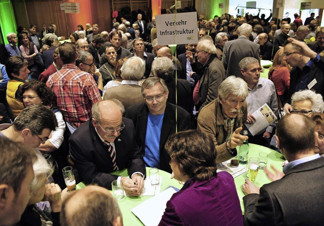 Viel Diskussionsbedarf gab's bei...endrin Staatssekretärin Gisela Splett.    Foto: Thomas Kunz