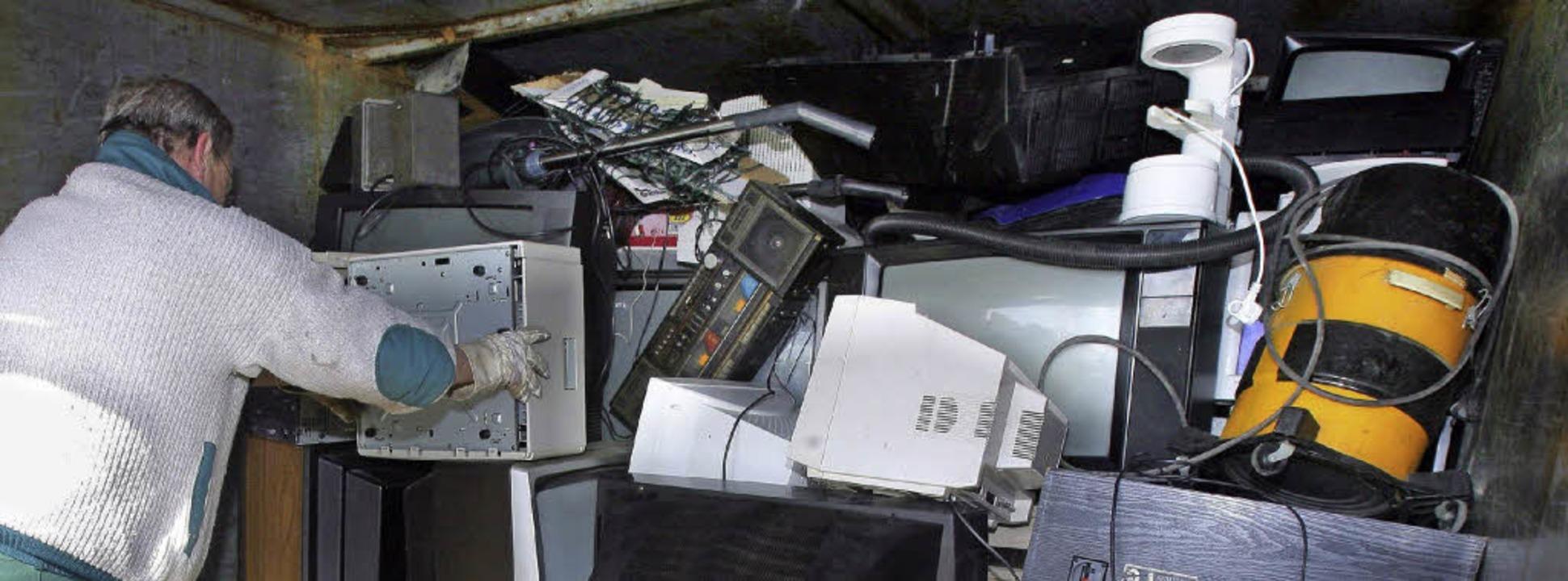 Maschinen aller Art,   Computer, Mobil...und sind bei Schrotthändlern begehrt.   | Foto: Brakemeier/dpa