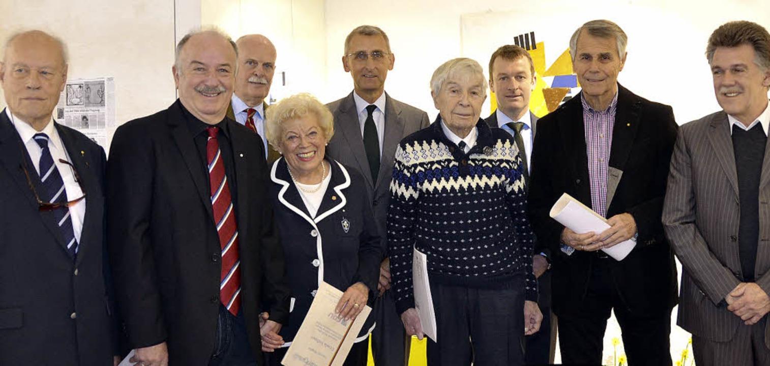 Armin Schuster (Mitte), Ulrich Lusche ... seit stolzen 67 Jahren in der Partei.  | Foto: Sabine Ehrentreich