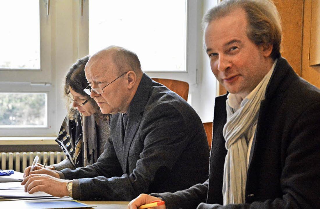 Kritische Zuhörer: Eine Jury mit Dorot...f, Norbert Dietrich und Tilman Krämer.  | Foto: Barbara Ruda