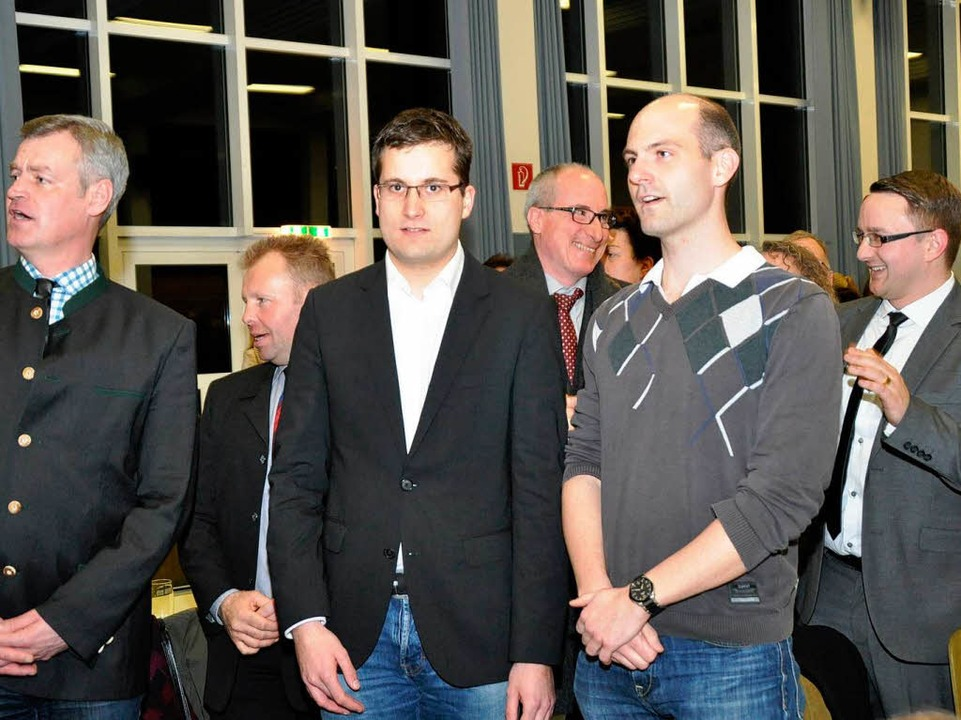 Beim Badnerlied: Florian Fringer und P...on rechts) können schon wieder lachen.  | Foto: Julius Wilhelm Steckmeister