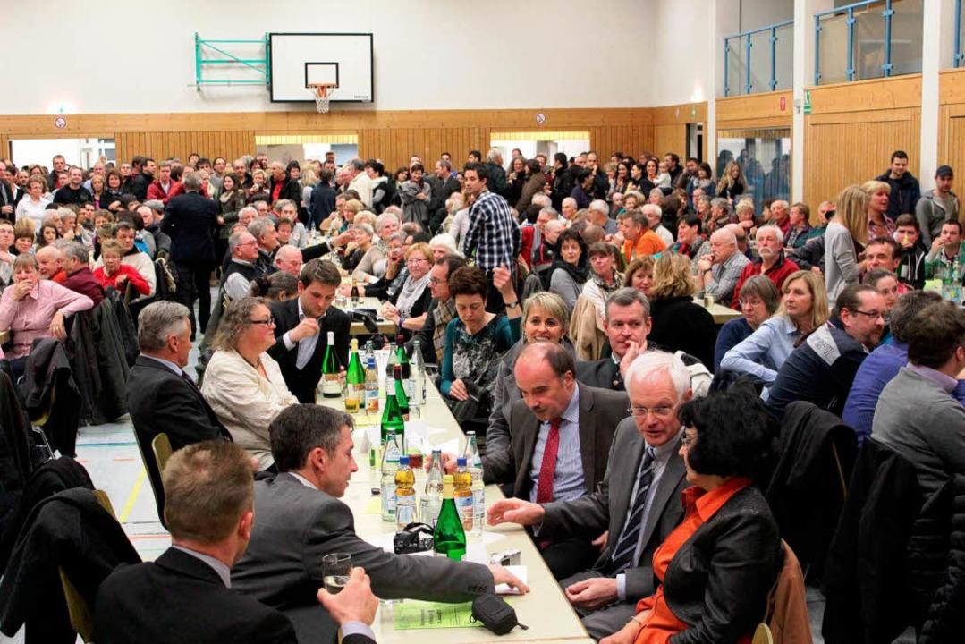 Die Festhalle am Wahlabend  | Foto: Mario Schöneberg
