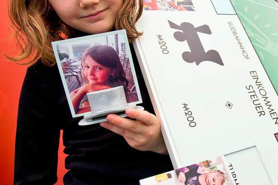 Selbstgestaltete Spielkarten von MyMonopoly (Foto: dpa)