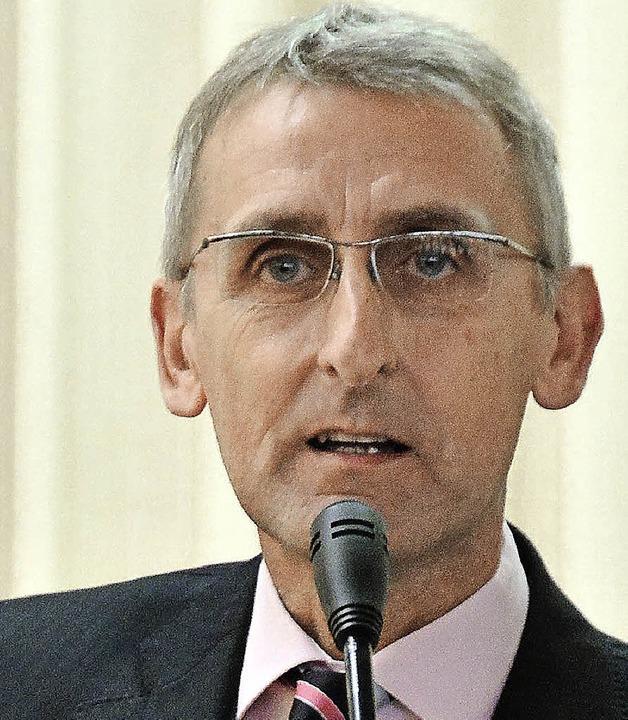 Armin Schuster wurde mit 94,3 Prozent als Kreisvorsitzender der CDU bestätigt.   | Foto: Annette Mahro