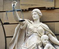 Zu langsam? Freiburger Richter prozessiert gegen R�ge seiner Chefin