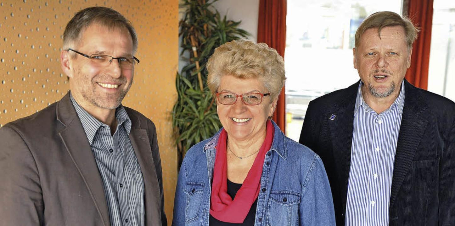 Sie  führen die Liste an: Wolf-Dieter ...chrempp, Ulrich Glaubitz (von links).   | Foto: Rita Eggstein