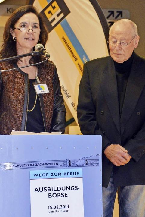 Toska Vogt und Manfred Grether eröffneten die Ausbildungsbörse.  | Foto: Weber-Kroker