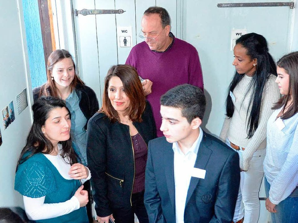 Bilkay Öney führte  mit Jugendlichen i...Breisach einen interreligiösen Dialog.  | Foto: Rita Reiser