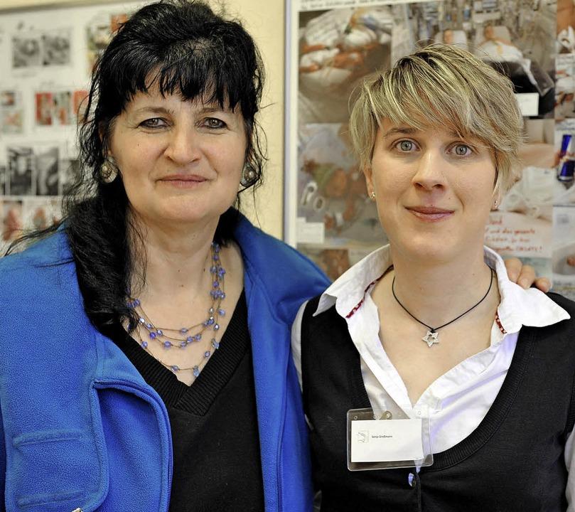 Erika Casu (links) und Sonja Großmann vom Frühchenverein  | Foto: Rita Eggstein