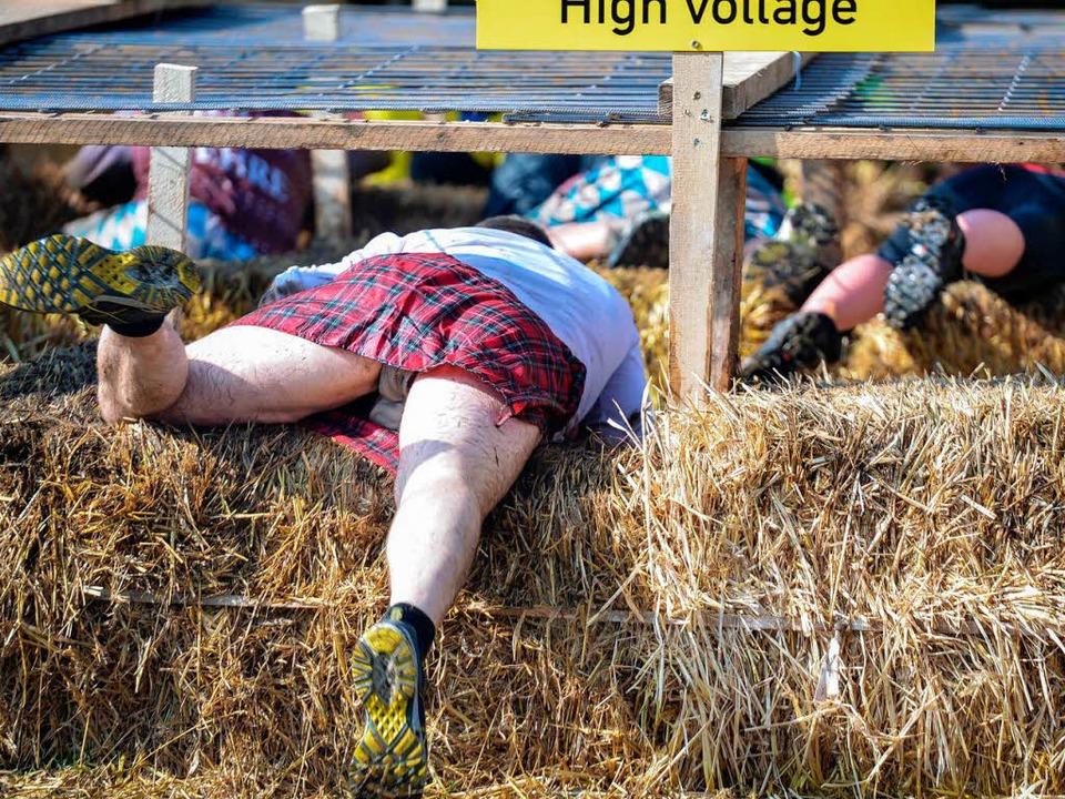 Ein Schottenrock bietet optimale Beinf...besonders spannungsgeladenen Parcours.    Foto: dpa