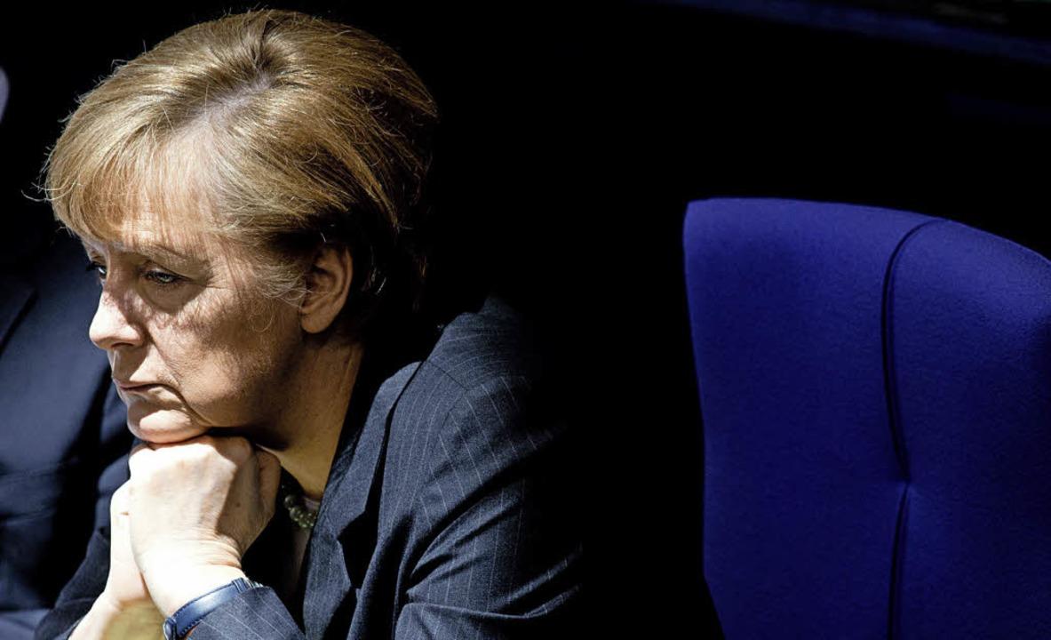 Sowohl die  Kanzlerin als auch  Linken...sition zur Krim-Krise zu untermauern.     Foto: DPA