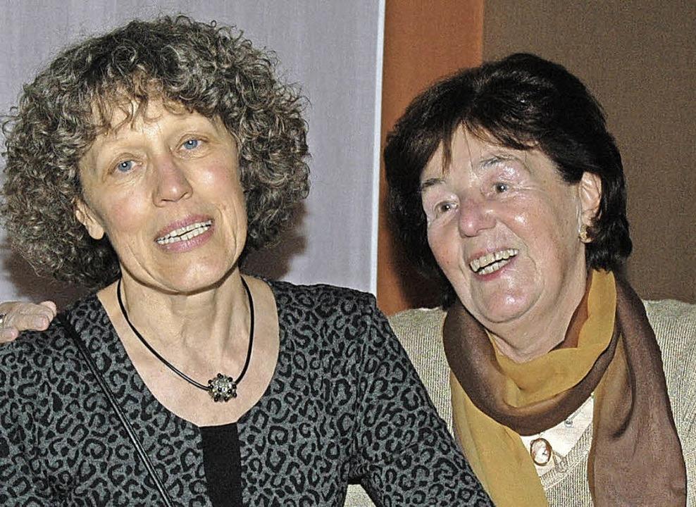 Hildegard Pfahler (links) und  Annemarie Lemanczyk   | Foto: OUNAS