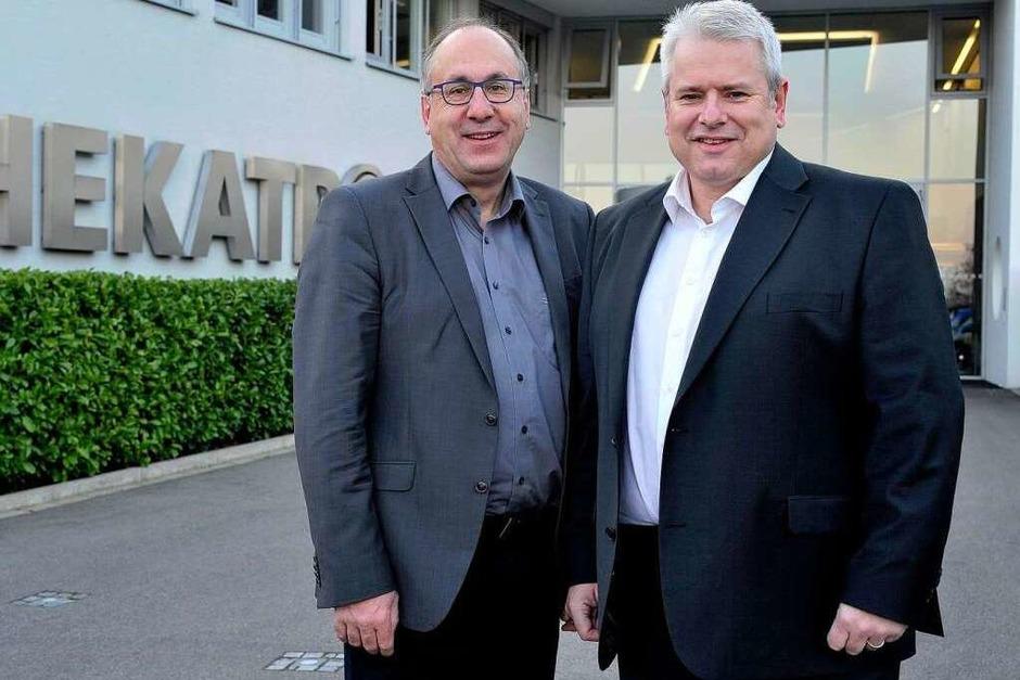 Jobmotor 2013, Hekatron in Sulzburg, Rauchmelder, Geschäftsführer Peter Ohmberger (li.) und Michael Roth (Foto: Thomas Kunz)
