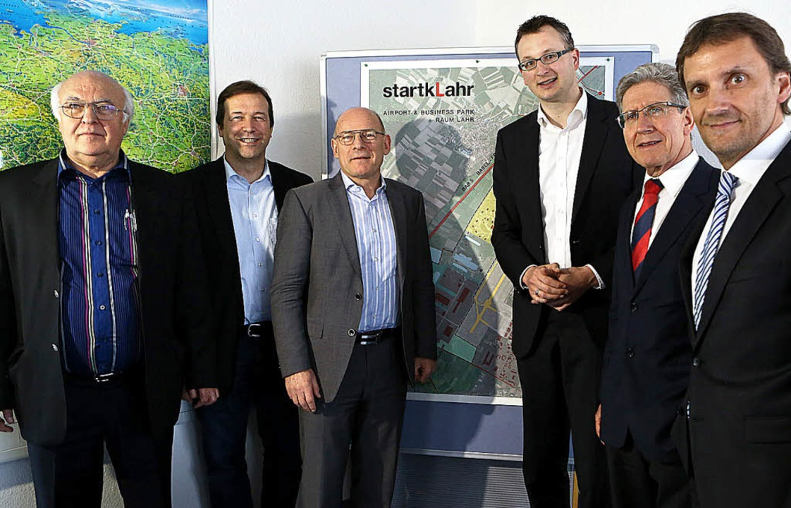 Verkehrsminister Winfried Hermann (dri... Müller und Markus Ibert von der IGZ .  | Foto: Christoph Breithaupt, Christoph Breithaupt