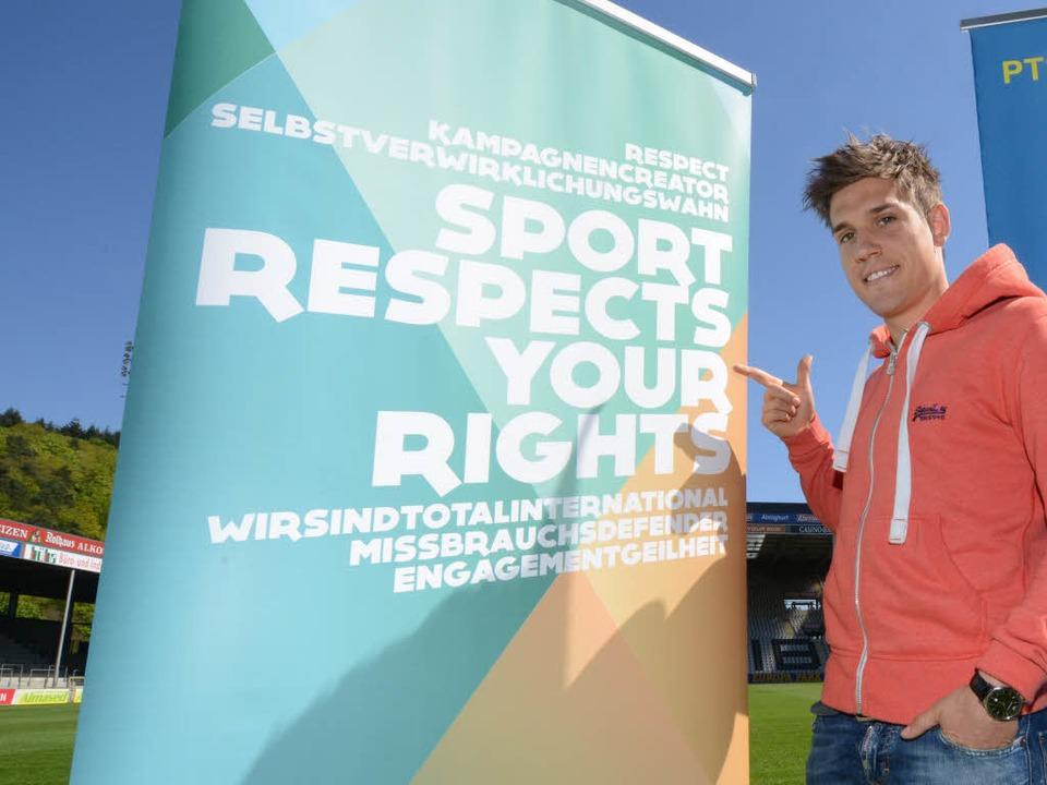 Auch Oliver Sorg, Abwehrspieler des SC...#8211; Sport respektiert deine Rechte.  | Foto: Patrick Seeger