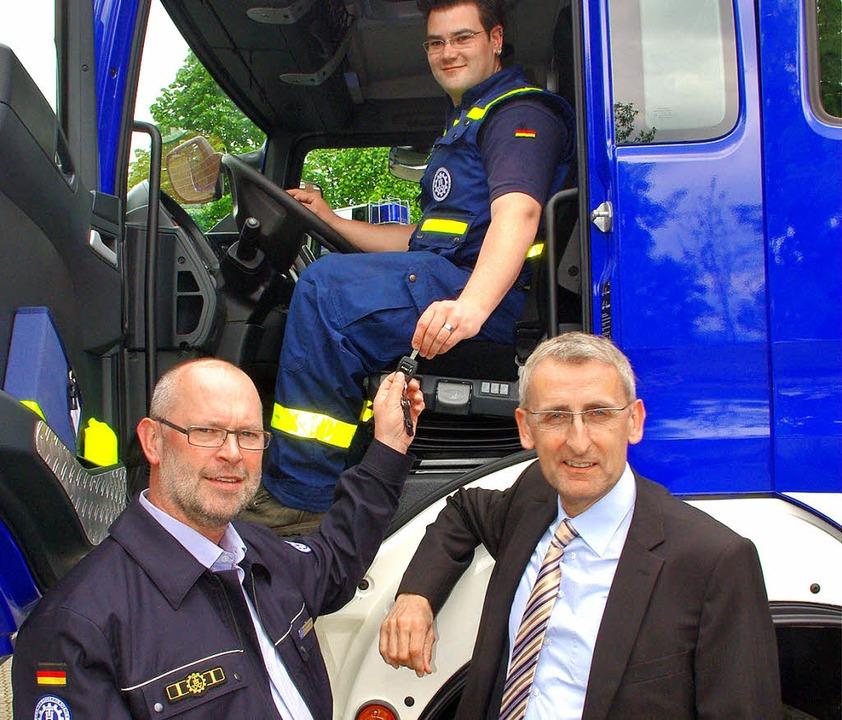 Matthias Hallekamp (links), Vorsitzend...en des THW für den Bevölkerungsschutz.    Foto: Rolf Reißmann