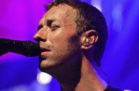 Coldplay in Baden-Baden: Von Brust bis Fuß auf Liebe eingestellt