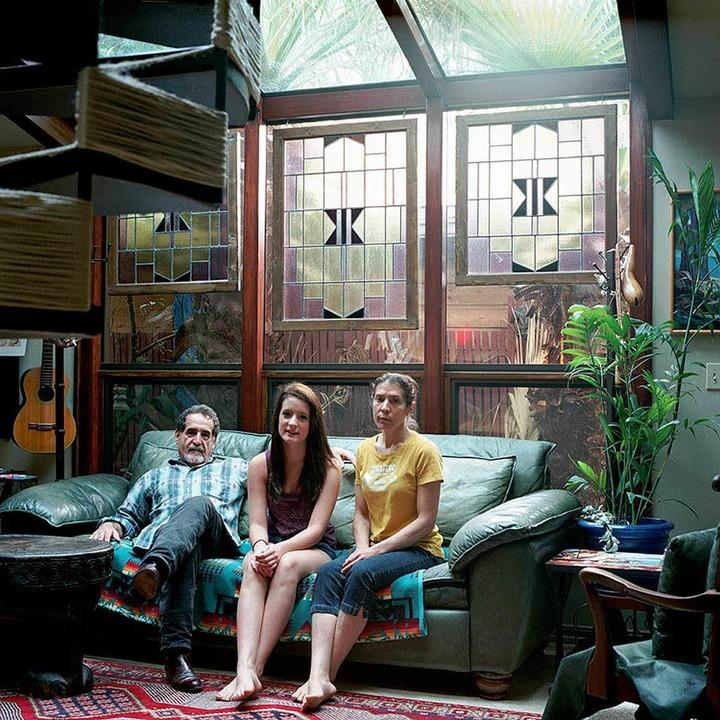 ... und drei andere Freunde  in  Austin, Texas, im Salon.  | Foto: Tanja Hollander