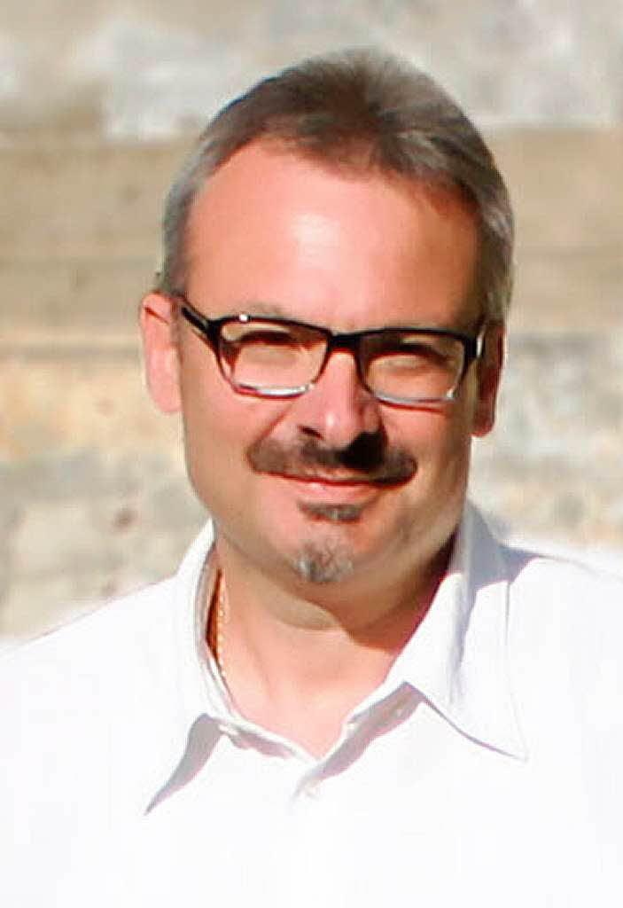 <b>Frank Fuchs</b> - 84382388