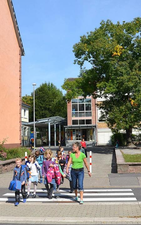 Grundschule Nonnenweier: Eine Baustelle, die auf die Gemeinde zukommt.  | Foto: Ulrike Derndinger