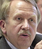 Helmut Rau verlangt Einstellung der Ermittlungen wegen Verdachts der Untreue