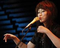 Youn Sun Nah und Ulf Wakenius im Jazzhaus: Leise Töne, die es in sich haben