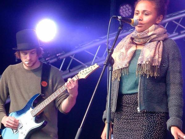 """Klare Stimme:  Sängerin Larissa Rapold von der Band """"Loaf of stone""""."""