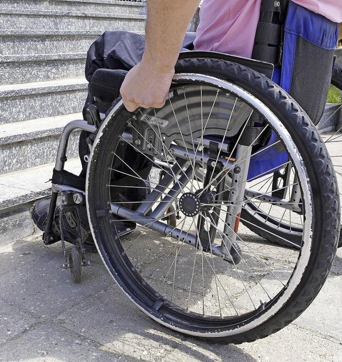 Dem Behindertenbeirat geht es auch, ab... um abgesenkte Bordsteine und Rampen.   | Foto: Peppi18(Fotolia.com)/Anita Rees