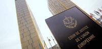 �bergangsregeln im Besoldungsrecht f�r Beamte sind rechtens
