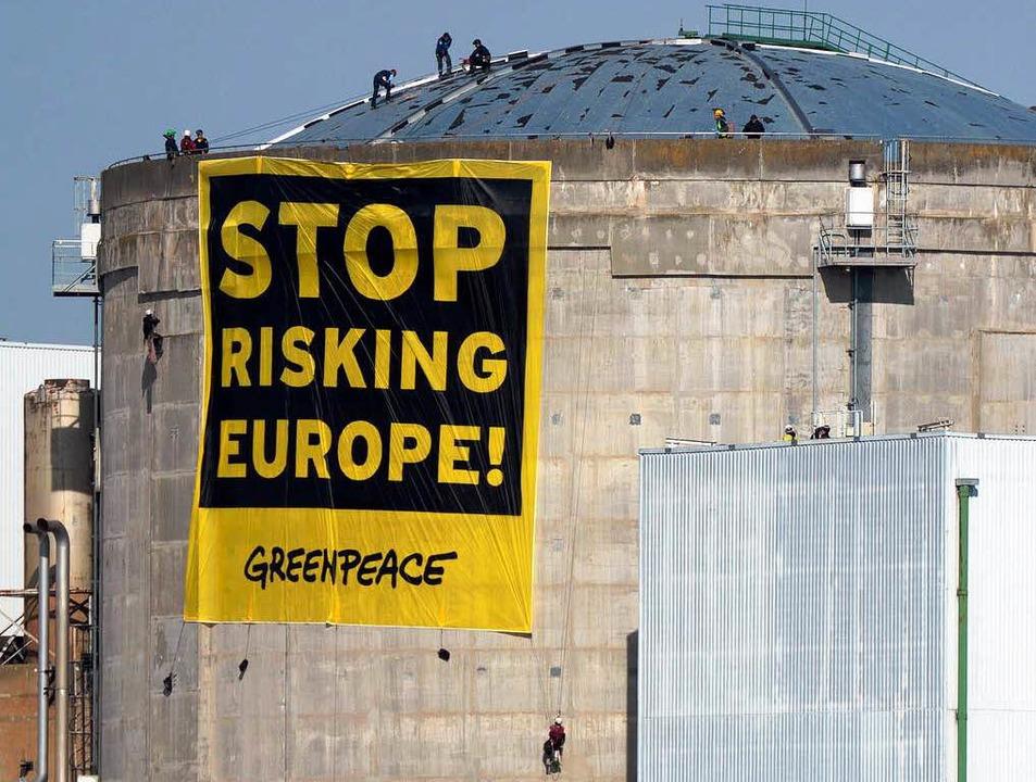 Das Akw Fessenheim – immer wieder Ziel von Protesten  | Foto: dpa
