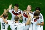 Fotos: Deutschland besiegt Algerien 2:1