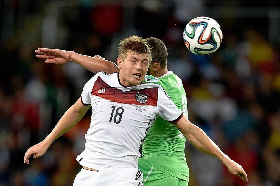 Deutschland besiegt Algerien nach Verlängerung mit 2:1 (Foto: AFP)