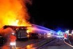 Fotos: S�gewerk in Schuttertal brennt ab
