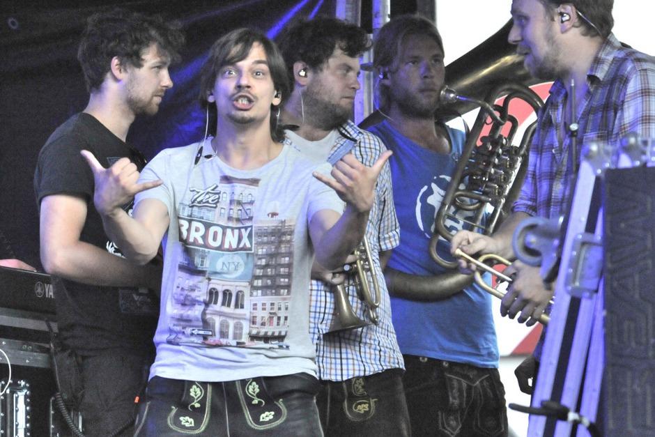 La Brass Banda hatte schon vor dem Auftritt Spaß (Foto: Markus Zimmermann               )