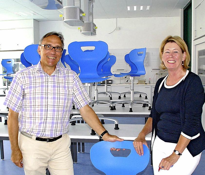 Freuen sich über die neuen Räume für N...k: Hubert Wischnewski und Agnes Pinke   | Foto: Ralf Staub