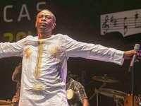 Youssou N'Dour – Goldkehle und globaler Gigant
