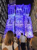 Das Straßburger Münster bis Anfang September nachts beleuchtet