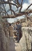 Band mit Farbfotografien aus dem Ersten Weltkrieg