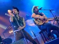 Fotos: The BossHoss rocken in Lörrach