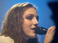 Fotos: Das Konzert von Birdy auf dem ZMF