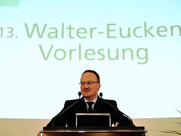 Der Chef des Walter-Eucken-Instituts Lars Feld