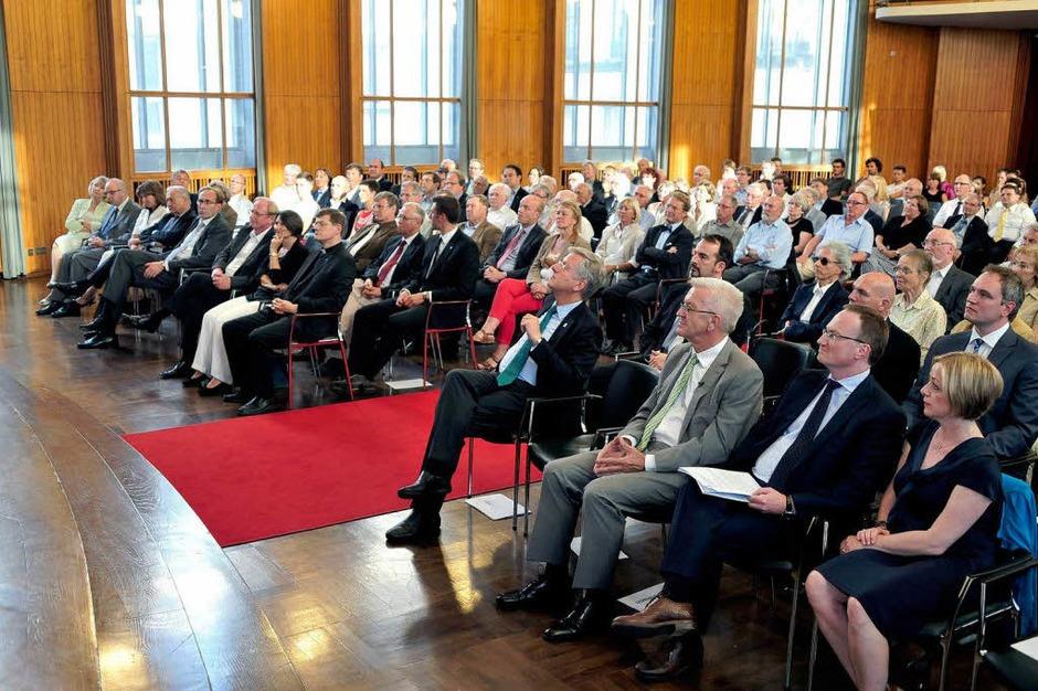 Das Publikum  in der Aula der Uni (Foto: Thomas Kunz)