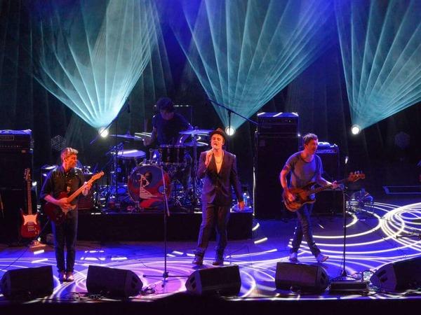 Pete Doherty und seine Band.