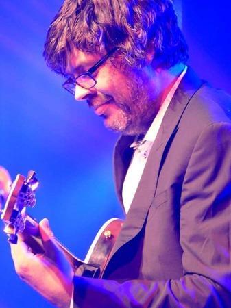 Versierter Gitarrist: Johannes Wennrich