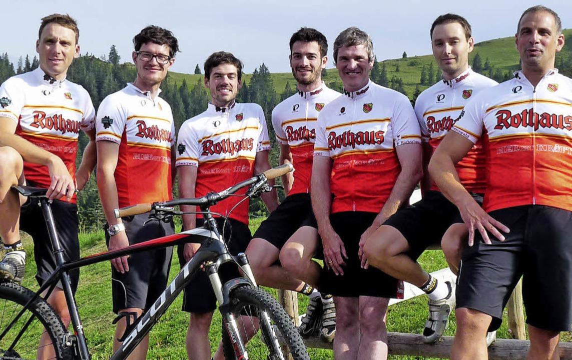 Die Rothaus-Bergradsportgruppe:  (von ... Rudiger und Ideengeber Patrik Faller   | Foto: bachmann