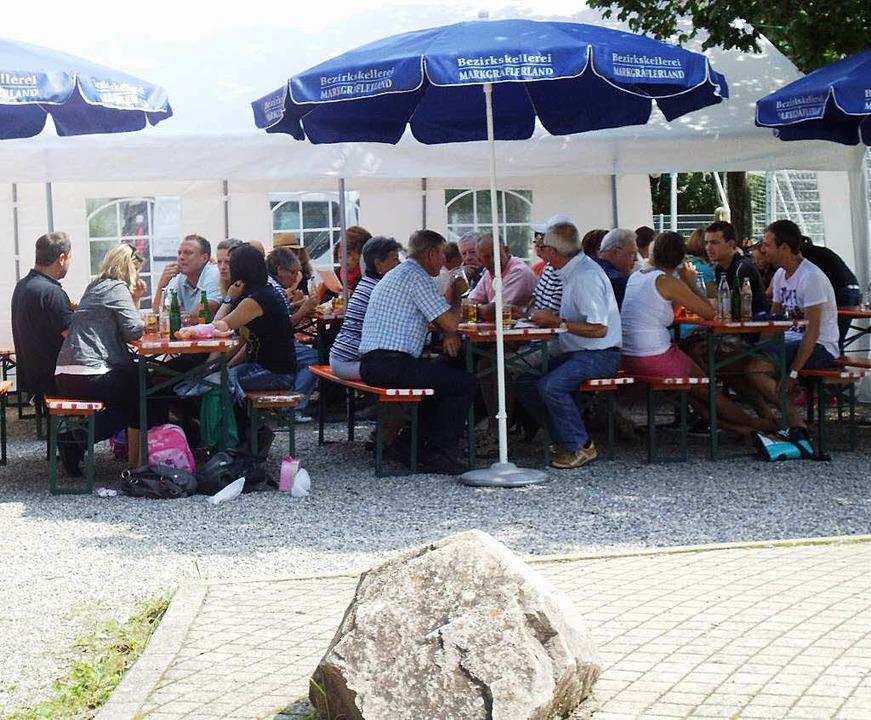 Die Ruhe beim Sommerhock des SV Ballrechten-Dottingen trügt.    Foto: Veranstalter